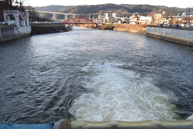 一級河川天竜川の始点となる釜口水門