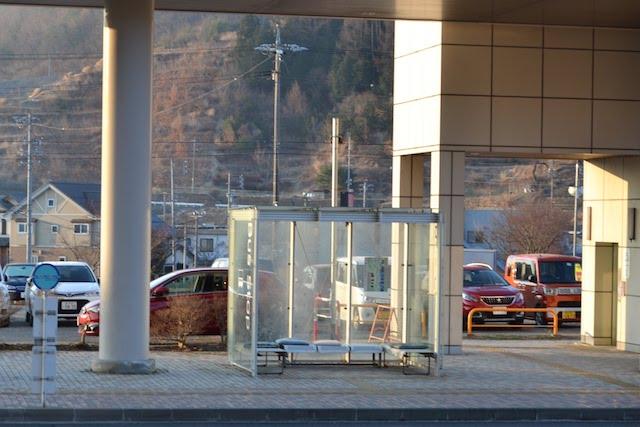 シルキーバス・スワンバス岡谷駅南口バス停