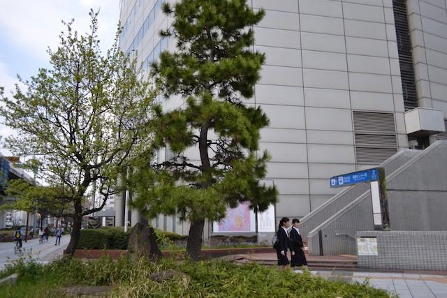 名古屋国際センタービルに直結している国際センター駅2番出入口