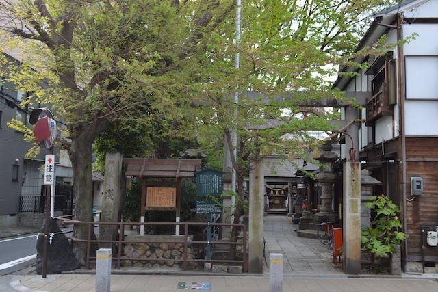 名古屋国際センタービルの北東にある浅間神社