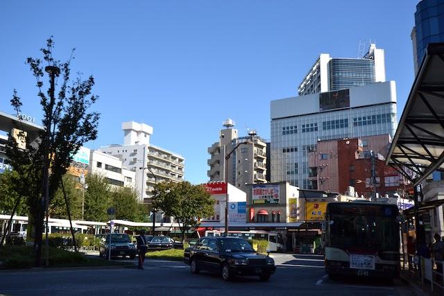荻窪駅北口ロータリーの関東バス