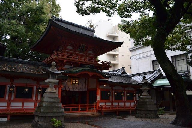 奈良の春日大社を模した春日神社の社殿