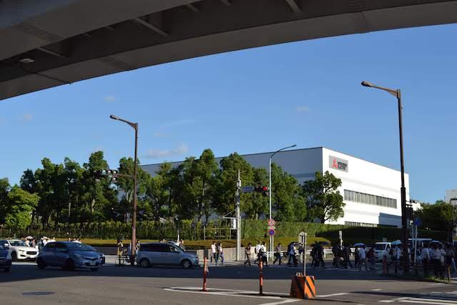 大曽根駅東側の広大な敷地で操業する三菱電機名古屋製作所