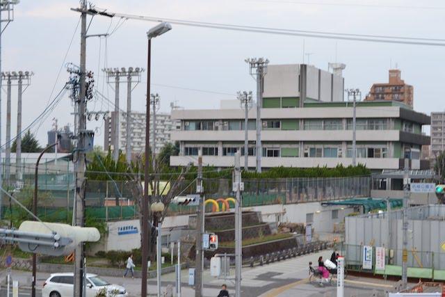 テニスコート「名城庭球場」と名古屋市上下水道局「下水道科学館」