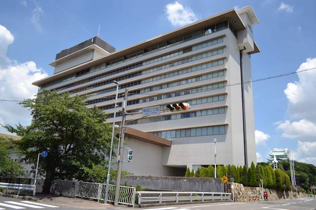 名古屋城天守閣を望む位置に建つ「ホテルナゴヤキャッスル」