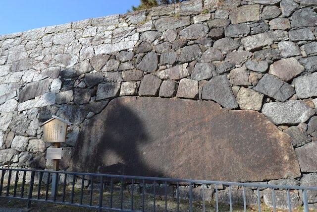 名古屋城の石垣で最大の石材「清正石」
