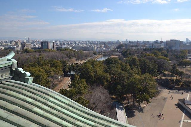 名古屋城天守閣展望室から東(二の丸庭園方向)を望む