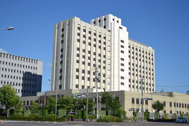 清水橋の南東にある名古屋拘置所