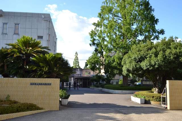 東大手駅前にある長い歴史をもつ進学校、愛知県立明和高校