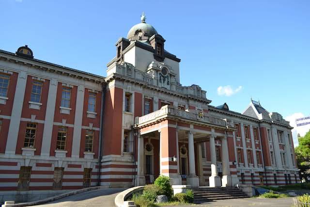 美しく堂々としたレンガ造りの名古屋市市政資料館