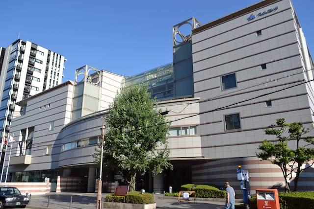 多目的ホール「ウィルホール」や宿泊施設もある愛知県女性総合センター「ウィルあいち」