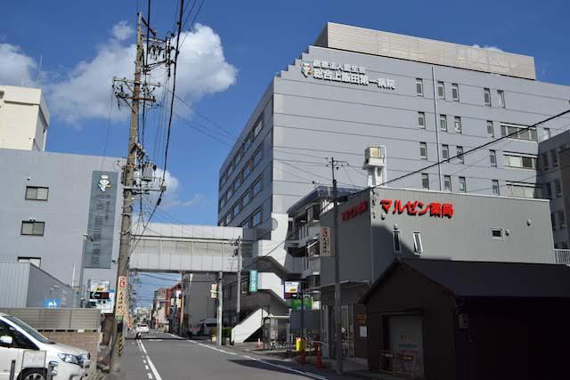 上飯田駅北東にある「総合上飯田第一病院」