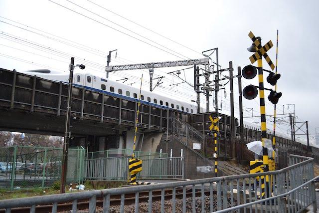 東海道新幹線沿いの貨物線にかつて設けられていたナゴヤ球場正門前駅の跡地