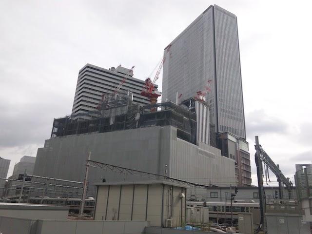 阪急うめだ本店を含む「梅田阪急ビル」の建て替え工事(2011年11月撮影)
