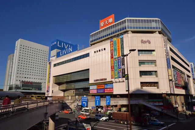 錦糸町駅南東の「東京楽天地」