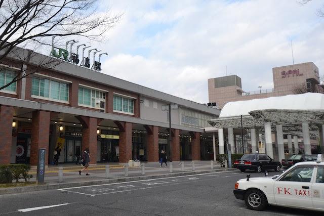 在来線側の福島駅東口駅舎