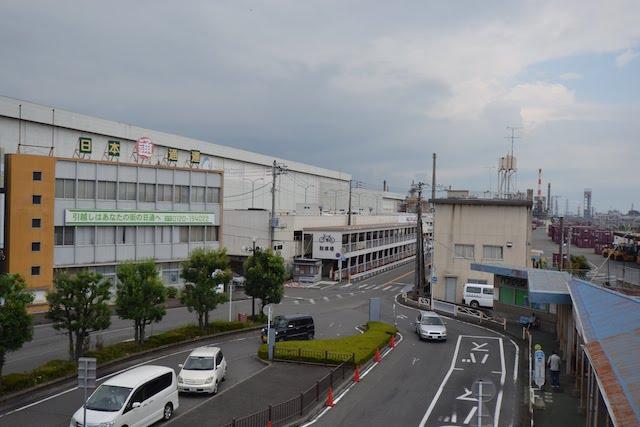 富士駅前の日本通運と王子マテリアの製紙工場
