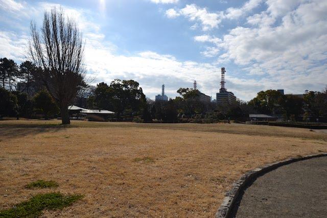 二之丸東庭園の芝生広場
