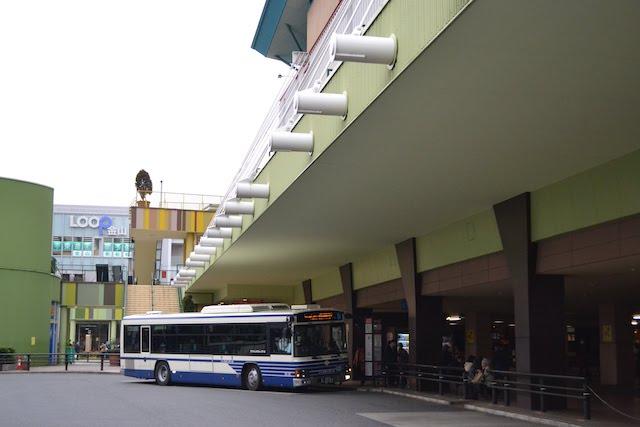「アスナル金山」に併設されている市バス金山ターミナル